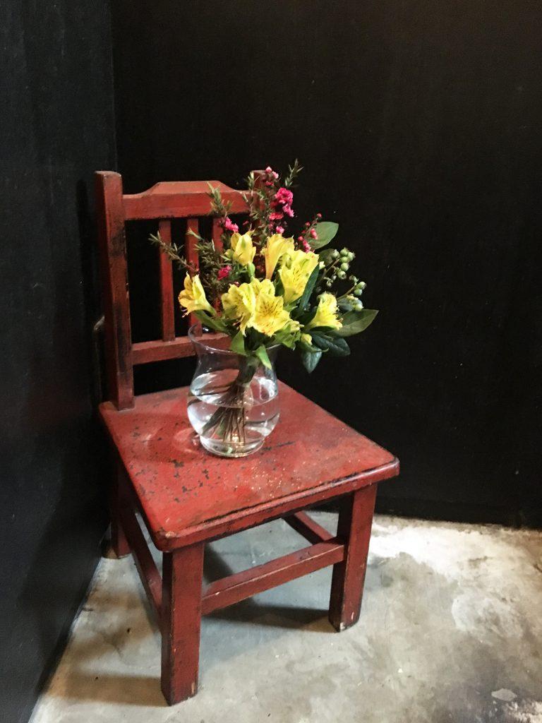 踊り場のお花 その2
